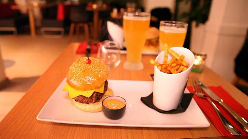 Restaurant Club house 19 - Paris