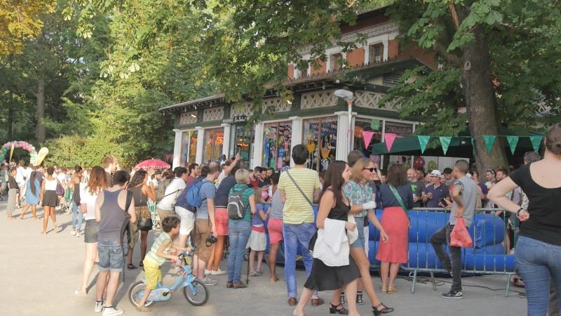 Restaurant Rosa Bonheur Buttes Chaumont - Paris